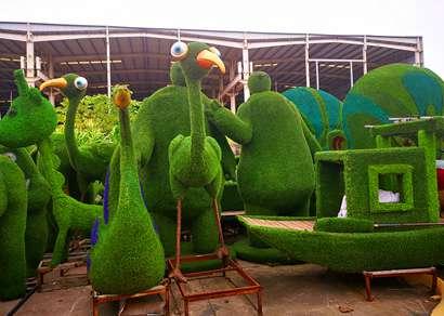 室外仿真植物绿雕造型彰显巨大优越性